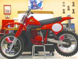 1980 CR 250 RC250 look alike Plastic Tank including Seat Foam and Seat cover combination