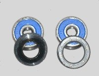 Front wheel bearing set for  CR125 1979-81